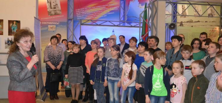 Березовский краеведческий музей принял каслающий выставочный проект «Играми, игрушками играющие»