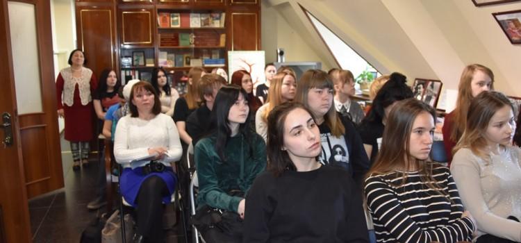 Творчество Владимира Шесталова стало главной темой литературно-музыкальной встречи «Ты, струна моя, звени…» 26 апреля 2019 года в Мемориальном кабинете-музее Ювана Шесталова