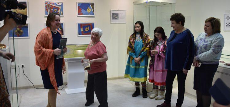 Знаковый предмет женского мира – игольница – стал главным на открытии нового выставочного проекта
