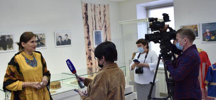 Залы открыты. Первые посетители музея «Торум Маа»